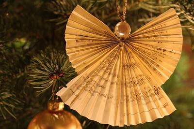 Weihnachtsbaumdekoration an Heilig Abend 2012