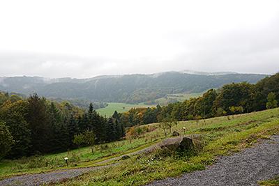 Blick vom Klosterberg aus ins Wiedtal