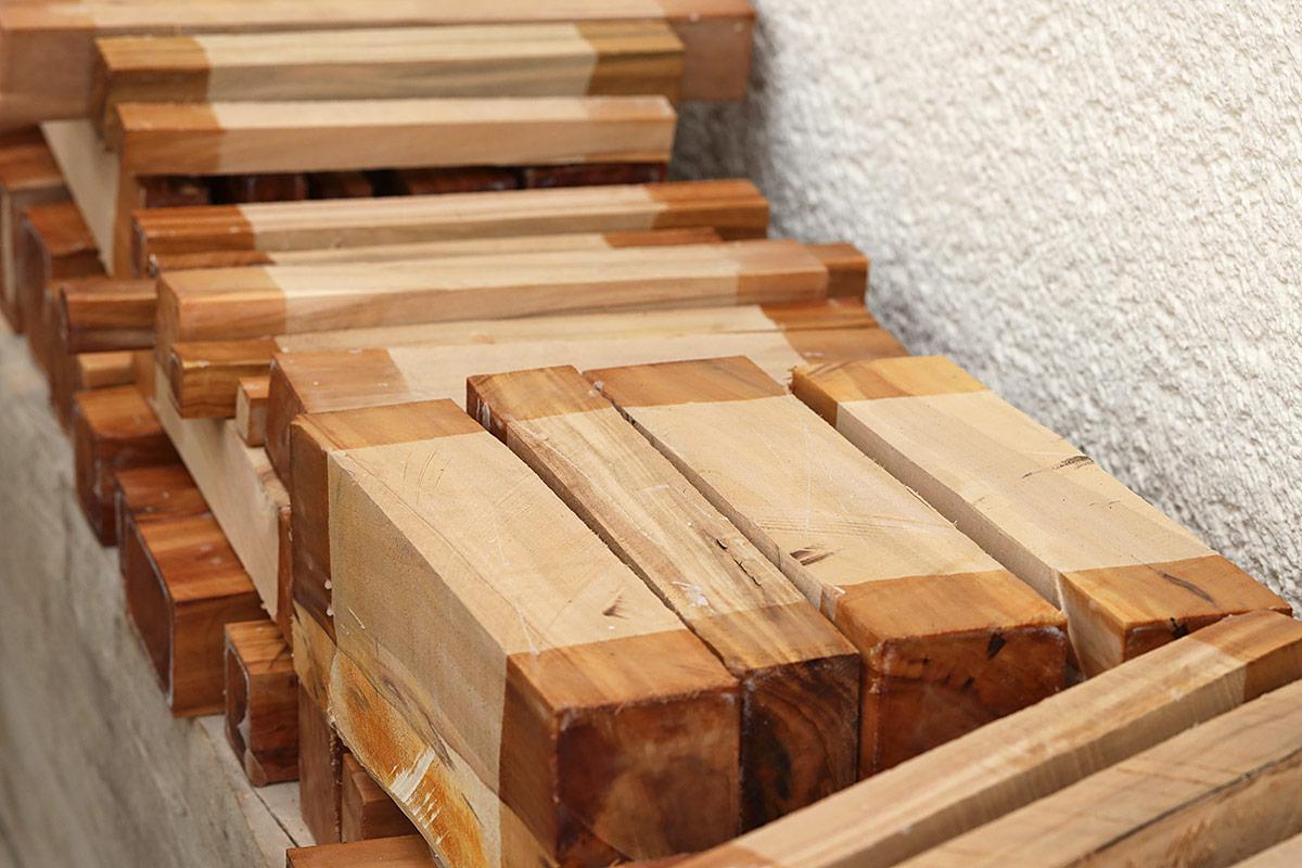 Apfelbaumholz - gewachste Abschnitte I